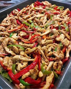 Terrific Totally Free Meat snacks for kids Concepts, · · · Happy days for all JULYES WH. Iftar, Italian Chicken Dishes, Chicken Chow Mein, Good Food, Yummy Food, Baby Puree, Soba Noodles, Cooking Recipes, Healthy Recipes