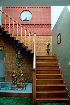 Centre for Vernacular Architecture Trust :: Gallery Home Stairs Design, Foyer Design, House Design Photos, Modern House Design, Indian Home Design, Kerala House Design, Brick Architecture, Vernacular Architecture, Chettinad House