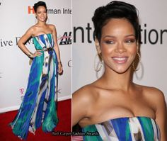 Rihanna in Maxi Strapless Dress. Maxi dress is long dresses thatt fall anywhere from the lower calf to the floor. Strapless is a type of top that exposes the chest and the shoulder, without straps over the shoulder.  (Hagaina Dwi Septya Rainy FD1A1)