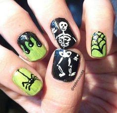 Halloween nail art IG sydvicious88