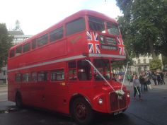 https://flic.kr/p/yuMvwm | Traditional Travel RML2301 (CUV301C) | Here is former Arriva London RML2301. It was parked in front of Westminister Abbey along with two other Routemasters performing a Wedding Special.