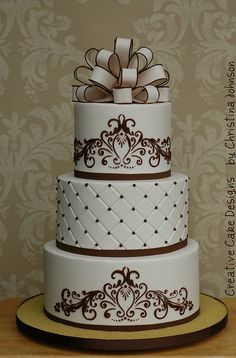 Ivory buttercream wedding