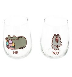 Show some sisterly love for Pusheen and Stormy with the help of this set of adorable glasses. Featuring \'You and Me\' - this set would make a great gift for any fan.