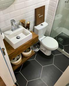 Most Popular Small Bathroom Design Ideas for 2019 - Small Style.Most Popular Small Bathroom Design Ideas for 2019 - Small Style.Most Popular Small Bathroom Design Ideas for 2019 - Small Style. Very Small Bathroom, Next Bathroom, Bathroom Design Small, Bathroom Interior Design, Modern Bathroom, Small Basement Bathroom, Bohemian Bathroom, Dyi Bathroom, Tiny Bathrooms