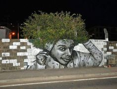 Afro wall mah man...
