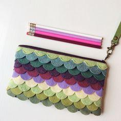 Green Wristlet Wallet iPhone Wallet Vegan Clutch Purse Cellphone Wristlet Boho Zipper Pouch Boho Clutch Gift For Her