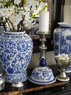 1 post published by loricurie during March 2014 White Kitchen Decor, White Decor, Hamptons Style Decor, Blue And White Vase, Blue Pottery, Chinoiserie Chic, Decorated Jars, Blue China, Ginger Jars
