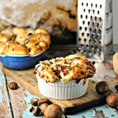 Mushroom (Bacon) Pull Apart Bread.  So Simple. Fix it today! @loavesanddishes.net