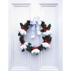 Seasons Greetings Wreath (free crochet pattern)
