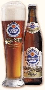 Schneider-Weisse Original - With its amber-mahogany coloring and streaked with fine top-fermenting yeast, this beer has a fine, persistent head that adheres well to the glass. It is pleasantly spicy with a typical top-fermented smell. An arome of clove and nutmeg apple tantalizes the nose. On the tongue it is fresh, clean, full-bodied, harmonious and well-balanced. It finishes lightly sparkling with a light and fine bitterness.