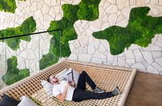 5 tips to infuse natural elements into the built environment—from plants to pictures. Biophilic Architecture, Interior Architecture, Interior Design, Green Office, Workplace Design, Indoor Outdoor, Outdoor Decor, Built Environment, Building Design