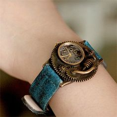 Deadland 3 steampunk watch. I would totally wear a watch if it looked like this.