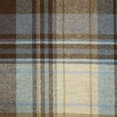 Glen Isla Fabric from Johnstons of Elgin Highland Collection. A pure lambswool muted tartan fabric woven in denim, mocha and yellow. Fabric Textures, Textures Patterns, Fabric Patterns, Print Patterns, Tartan Fabric, Woven Fabric, Chalet Chic, Mountain Style, Textiles