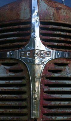 Dodge grill #dodgevintagecars #dodgeclassiccars