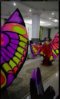 Ильмира шоу! Казахстан г. Алматы! Танец с крыльями бабочка!!! Цвет крыльев выполнен по желанию Ильмиры!