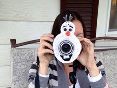Camera lens buddy.  Crochet camera critter olaf.  by mandag433