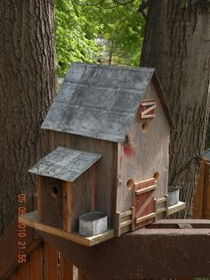 Classic Barn Style Barnboard Birdhouse with by BBbirdhouses,