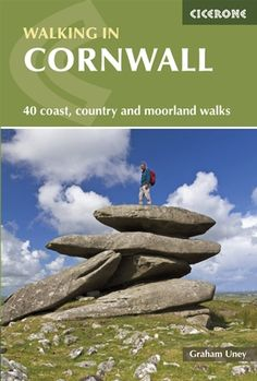 Walking in Cornwall - 40 day walks along the coast and moors - Cicerone