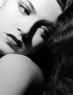 Lana Turner dark look