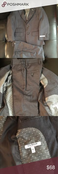 Isaac Mizrahi Little Boys Pearl Plaid 2 Piece Suit Isaac Mizrahi Little Boys' Pearl Plaid 2 Piece Suit - 2 piece - gray color - size 3 - almost new condition! - pants never worn, suit worn once Isaac Mizrahi Jackets & Coats Blazers
