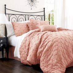 Anabel Comforter Set in Peach