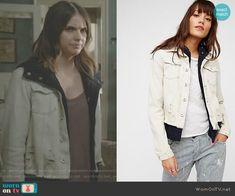 Malia's distressed denim jacket on Teen Wolf Teen Wolf Outfits, Shelley Hennig, Malia Tate, Costume Design, Distressed Denim, Teen Fashion, Singer, Celebrities, Coat