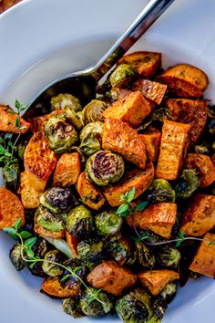 Roasted Sweet Potatoes and Brussels Sprouts - The Food Charlatan. It was so delicious! Roasted Sweet Potatoes and Brussels Sprouts - The Food Charlatan. It was so delicious! Side Dish Recipes, Veggie Recipes, Whole Food Recipes, Vegetarian Recipes, Cooking Recipes, Healthy Recipes, Recipes Dinner, Veggie Food, Dinner Ideas