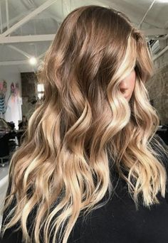 Trendy Long Hair Women's Styles Hair goals long brunette waves with blonde balayage Ombré Hair, Hair Day, New Hair, Hair Bangs, Red Bangs, Hairstyles With Bangs, Cool Hairstyles, Beautiful Hairstyles, Blonde Balayage