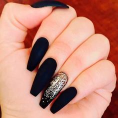 36 Edgy Ideas For Matte Black Nails To Break The Manicure Monotony - Colorful Nail Designs - Black Gold Nails, Black Acrylic Nails, Black Coffin Nails, Best Acrylic Nails, Matte Gold, Nail Black, Long Black Nails, Black Manicure, Gold Gold