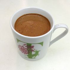 """""""Bulletproof"""" Green Tea: A recipe for gorgeous skin, more energy and weight loss - Tina Paymaster Health & Lifestyle Expert reduce weight coconut oil Tea Recipes, Coffee Recipes, Low Carb Recipes, Healthy Recipes, Detox Tea Diet, Weight Loss Tea, Food Diary, Healthy Choices, Smoothies"""