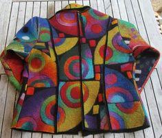 Lovely felted coat - the backside. Nuno Felting, Needle Felting, Altered Couture, Felting Tutorials, Poncho, Jackett, Felt Art, Refashion, Wool Felt