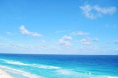 #CancunBeach: incomparable, unique, stunning... What a paradise! La playa de Cancún, incomparable, única, impresionante... ¡Qué paraíso! #SandosCancun