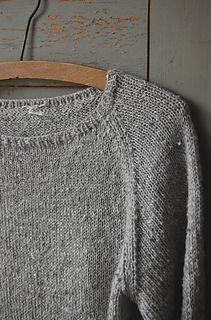 Silk Gray by Gralina. Free pattern. I am SO knitting this!