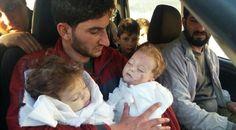 Menyayat, Ayah Peluk Mayat Bayi Kembarnya yang Terbunuh di Suriah - Citizen6 Liputan6.com