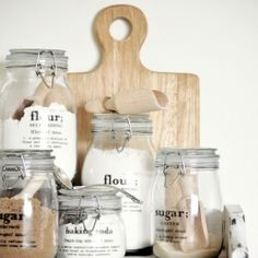 60 Innovative Kitchen Organization and Storage DIY Projects - MAGIC Decal Tutorial with Free Printables If you are planning to organize your dry goods in jars, these decals are a great way to save time and get labels in interior design ideas Kitchen Organization, Organization Hacks, Kitchen Storage, Organized Kitchen, Larder Storage, Organizing Ideas, Eco Deco, Mason Jars, Glass Jars