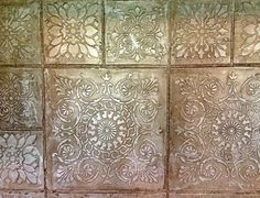 Metallic plasters have become one of the most requested finishes for walls and ceilings. Lusterstone is a warm metallic plaster, similar to Venetian plaster