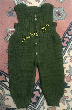 - Jumpsuits and Romper Knitting Patterns Boys, Baby Cardigan Knitting Pattern, Baby Boy Knitting, Knitted Baby Cardigan, Dress Sewing Patterns, Knitting For Kids, Knitting Designs, Baby Dungarees, Baby Girl Jackets