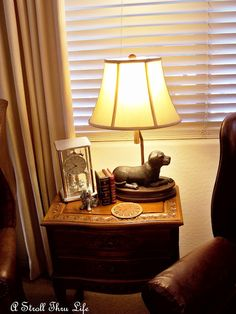 Marty From A Stroll Thru Life Shared This Great Dog Lamp She Found At Homegoods We Love How It Compliments The Rest Of Decor