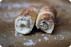 Gerollte Salzstangerln - Österreich, das schmeckt! Doughnut, Desserts, Food, Bread Baking, Kuchen, Pretzel Bun, Oktoberfest, Food And Drinks, Simple