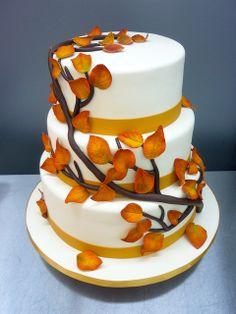 Fall Leaves Wedding Cake African Wedding Cakes, Wedding Bride, Wedding Stuff, Two Brides, Cake & Co, Fall Wedding Cakes, Cupcake Cakes, Cupcakes, Woodland Wedding