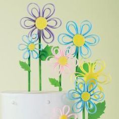 Fondant - How to Decorating. Quilling Flowers