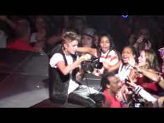 Justin Bieber - Out of Town Girl (Las Vegas)