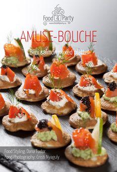 Mixed platter blini salmon Caviar, Mini Appetizers, Appetisers, Platter, Bon Appetit, Baked Potato, Salmon, Baking, Ethnic Recipes