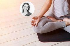 Seit einem Jahr übe ich jeden Morgen 15 Minuten lang Yoga. Warum das so gut tut und warum du das auch tun solltest, verrate ich dir hier.