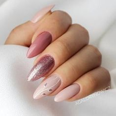 A manicure is a cosmetic elegance therapy for the finger nails and hands. A manicure could deal with just the hands, just the nails, or Nude Nails, Matte Nails, Glitter Nails, Coffin Nails, Silver Glitter, Gradient Nails, Gold Nails, Hair And Nails, My Nails