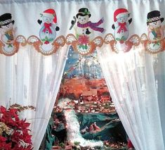 Cenefa navideña, Tecnica: Pintura sobre tela. Christmas Decor Diy Cheap, Christmas Table Cloth, Christmas Crafts, Christmas Decorations, Xmas, Holiday Decor, Curtain Trim, Curtains, Cow Clipart