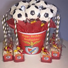 Soccer ball chocolates and Rice Krispie pops for a Benfica Birthday Party…