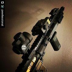 #Repost @pewfessional  @grahamdefenseusa #TiN #bcg  Hello beautiful . #sbr #ar15 #556 #midwestindustries #badass #laser #strikeindustries #trijicon #mro #railscales #rifle #gun #guns #gunshinestate #gunporn