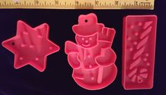 Plastic Red COOKIE CUTTERS  Set of 3 Shapes SnowMan Star Candy cane Christmas #Unbranded