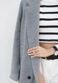 vis-aa:Details: Gorgeous Grey Woolen Coat c/o OASAP | Classic Sheffield Lady in Rose Gold c/o Daniel Wellington